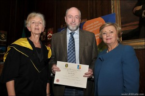 Seamus Bane receives the NCYI Certificate in Child Protection from Anastasia Crickley, Head of Applied Social Studies, NUIM (left) and Frances Fitzgerald, Minister for Children and Youth Affairs.  Photograph by  Tommy Clancy.