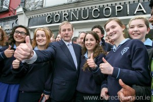 Taoiseach Enda Kenny on a walkabout in Ennis met TY sudents from Coláiste Muire. Photograph by Arthur Ellis