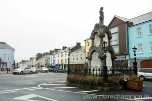 A view of the streetscape in Kilrush