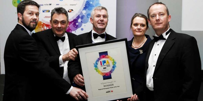 Barry Noonan, Web Print, Gerry Loughran, Donagh O'Doherty, MD Web Print with Shelly and John Galvin, The Clare Champion, where Web Print won the Regional Newspaper Award for their work on The Clare Champion.