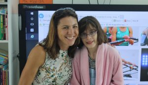 Olympic rower Dr. Sinead Jennings meets 10 year-old Shannon patient Amy Pashley   at the Children's Ark School, UHL.